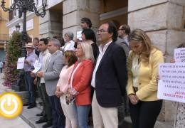 Minuto de silencio por una nueva víctima de violencia de género en Cantabria