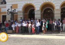 Vecinos y representantes públicos condenan el último caso de violencia machista