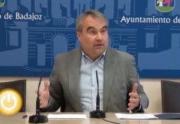El alcalde considera que el Plan de Empleo Social discrimina a Badajoz