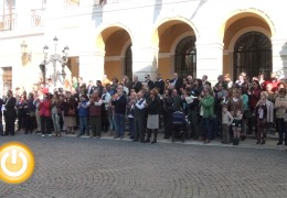 Badajoz se solidariza con París