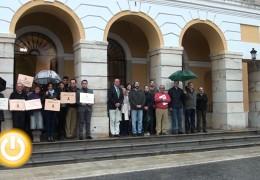 Badajoz condena el asesinato en Alcobendas con un minuto de silencio