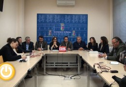 Los socialistas aseguran que las grandes infraestructuras en Badajoz se han hecho durante sus gobiernos