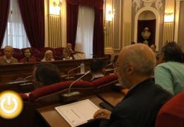 Reacciones tras la comisión informativa sobre el contrato de FCC
