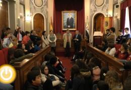 El alcalde recibe a los escolares del programa Jornada de Activación del Talento