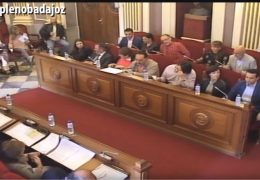 Pleno extraordinario de abril de 2016 del Ayuntamiento de Badajoz