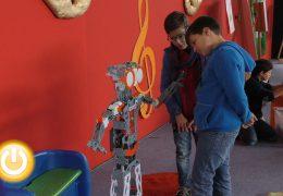 Arranca la feria de la robótica RoboRAVE 2016