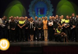 Conceden medallas por el Día de la Policía Local