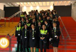 Mujeres policías rompiendo el techo de cristal