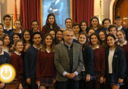 Alumnos del colegio Sagrada Familia representarán a España en el Parlamento Europeo