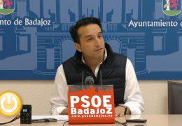 Cabezas asegura que la gestión del agua en Badajoz necesita una revisión