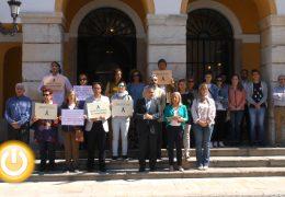 Minuto de silencio en memoria de la joven asesinada en Granada