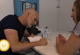 Alejandro Palomas presenta 'Un Amor' en la feria del libro