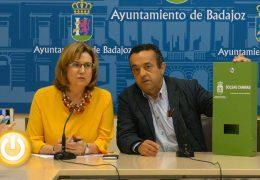 Badajoz instalará 75 dispensadores con bolsas para recoger heces de perros