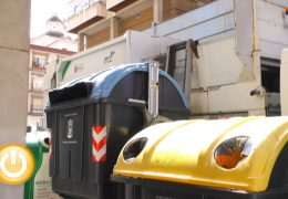 Badajoz recupera el horario para tirar la basura