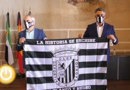 Rueda de prensa alcalde- Presentación campaña #BadajozEsBlanquinegra