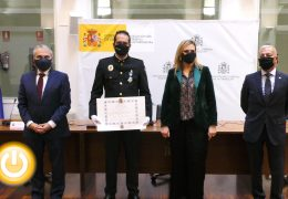 Cruz de la Orden del Mérito Civil a Rubén Muñoz