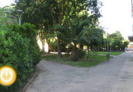 Los vecinos de La Granadilla piden más mantenimiento para su barrio