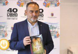 XL Feria del Libro- Jesús Sánchez Adalid presenta 'Las armas de la luz'