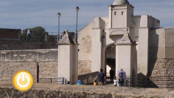 """Turismo pone en marcha la actividad """"La Miniciudad Encendida"""""""