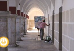Caballetes y lienzos llenan de arte las calles de la ciudad
