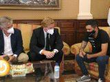 Tanco visita el Ayuntamiento tras proclamarse campeón de la Copa de España